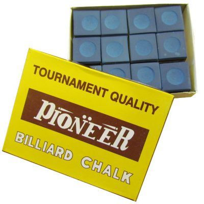 Pioneer snooker and pool cue chalk in blue